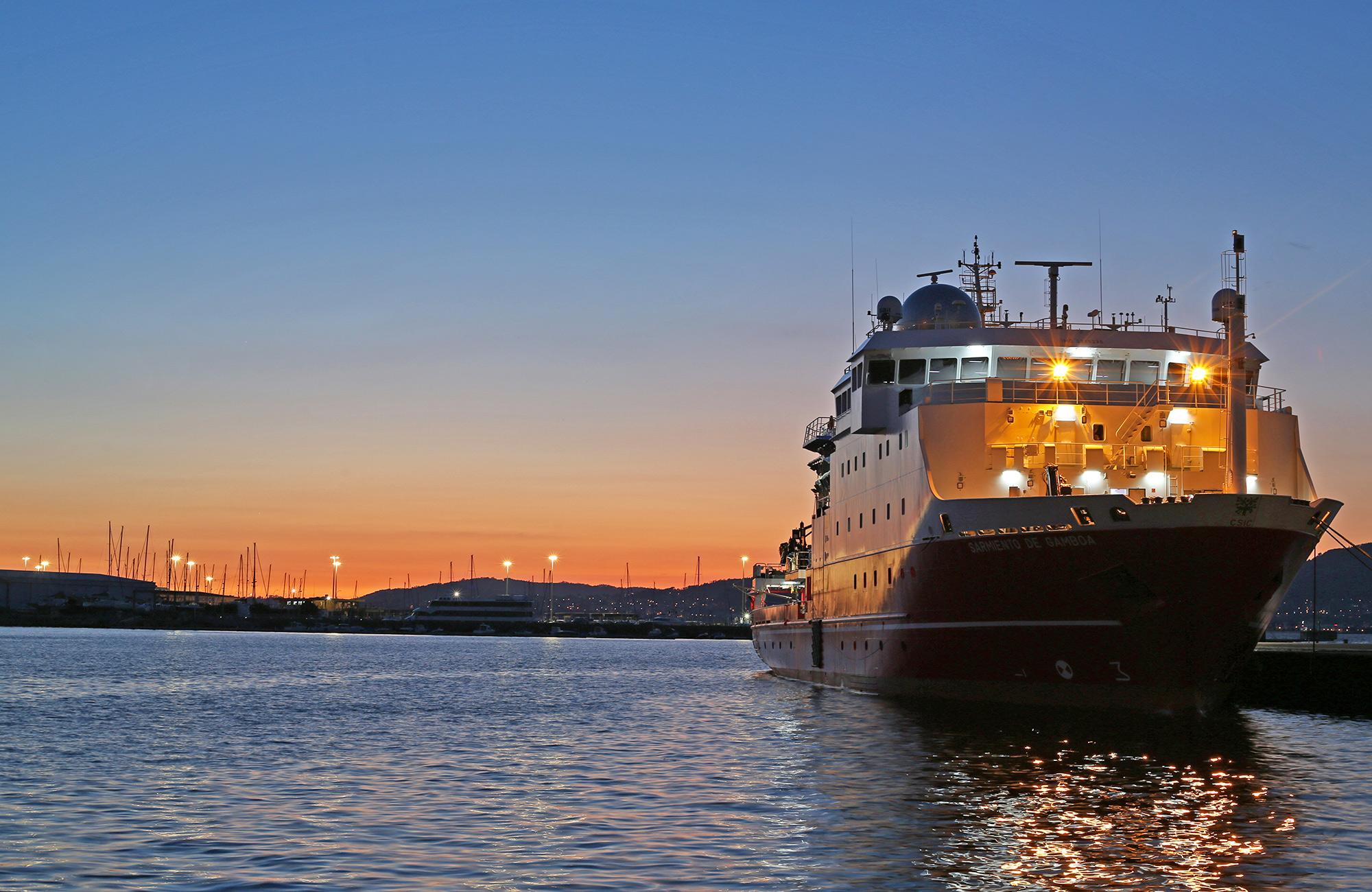 Research vessel Sarmiento de Gamboa at sunset